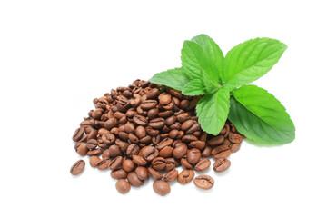 Grains de café et menthe