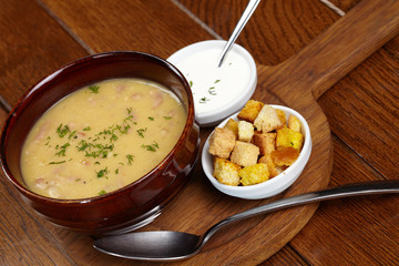 Chicken creamy soup with croutons