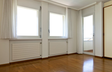 interior house, empty room, window with white curtains