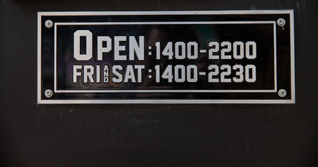 shop  open hours