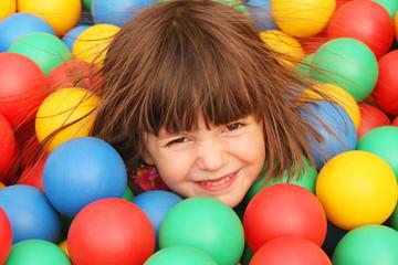Fototapeta Dziewczynka na placu zabaw obraz
