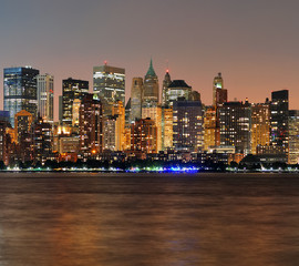 Fototapete - New York City Manhattan dusk panorama
