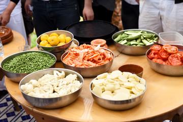 Preparing vegetable