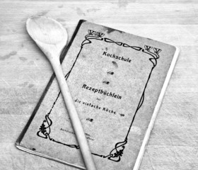 antikes Kochbuch