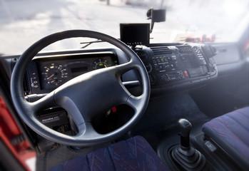 Wnętrze samochodu ciężarowego