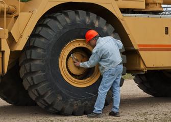 heavy industry mechanic