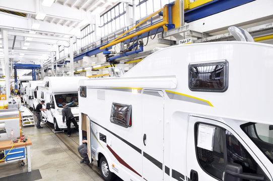 Fliessband Automobilbau / vehicle production line