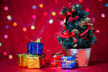 christmas tree and gift