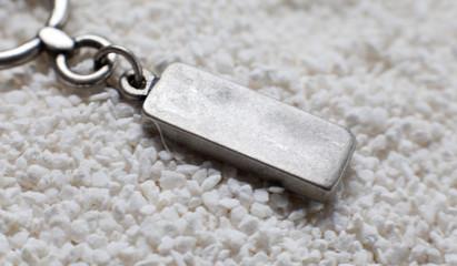 pendentif en argent inscription