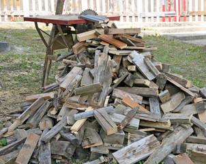 Foto op Canvas Brandhout textuur circular saw firewood blocks just cut