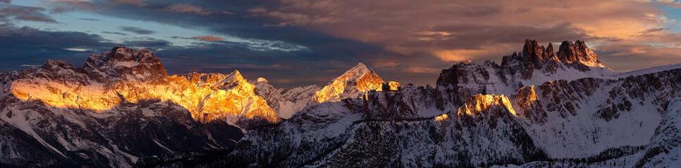 Foto op Plexiglas Zalm Croda Da Lago Dolomiti