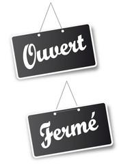"""Pancartes """"Ouvert/Fermé"""""""