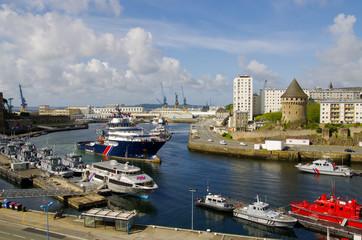 Photo sur cadre textile Ville sur l eau Port de Brest