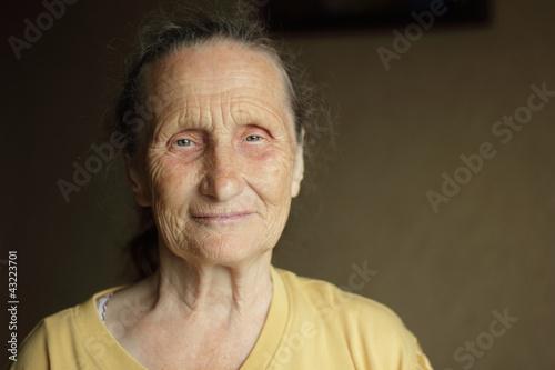 маструбация пожилих бабушек фото