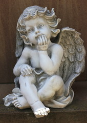 Engel aus Marmor