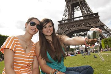 Se photographier devant la Tour Eiffel
