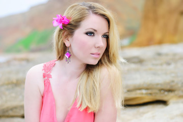 beautiful blonde ashore epidemic deathes in rose gown