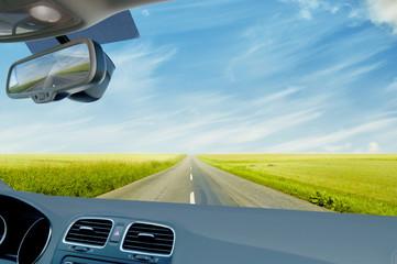 Fahrt über die Landstraße