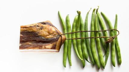 Speck mit grünen Bohnen