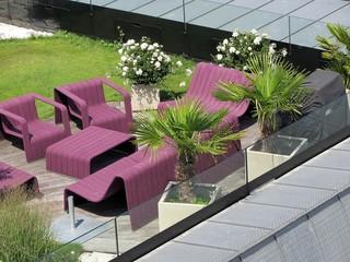 Awesome Salon De Jardin Noir Santo Pietro Contemporary - House ...