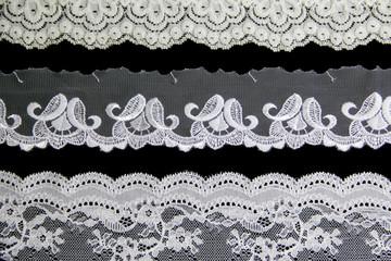 white lacework line
