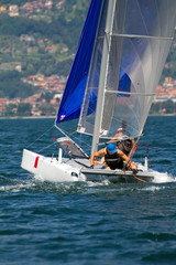 regata con catamarano