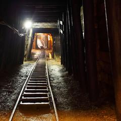 Fototapete - Mine railway in undergroud.
