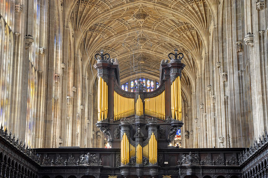 King's College Chapel, Cambridge. Church organ and vaulted ceili