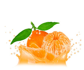 Deurstickers Opspattend water Splash with tangerine isolated on white