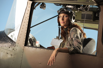 Aviator female