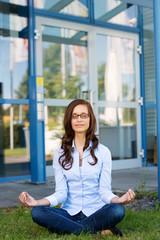 kurze pause mit yoga