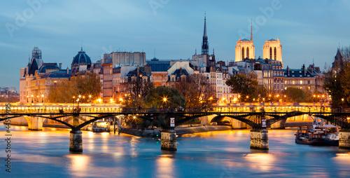 Wall mural Paris, France