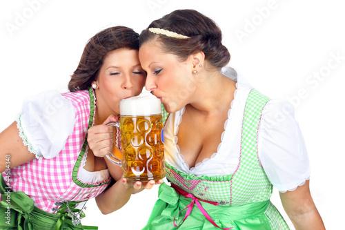 Griechische mnner flirten : Single coswig anhalt