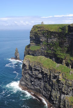 Edge - Cliff of Moher - Ireland
