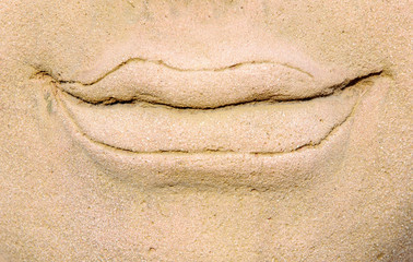 Sand stone mouth