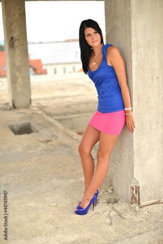 chaussures de séparation bedc1 9d78f Femme en mini jupe