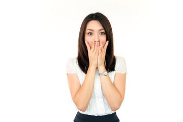 驚いた表情の女性+オフィス