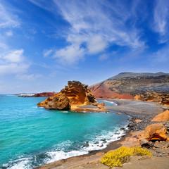 Foto auf Acrylglas Kanarische Inseln Lanzarote El Golfo Lago de los Clicos