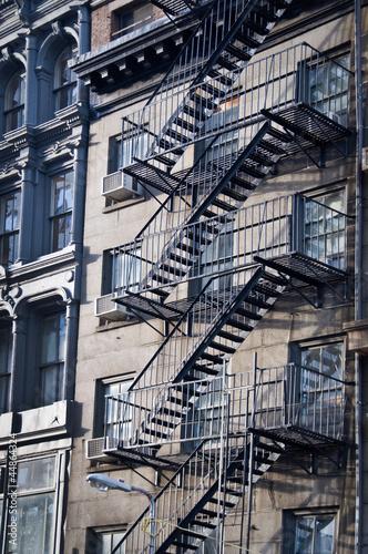 Wall mural Façade avec escalier de secours - New-York