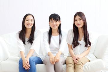 女の子三人