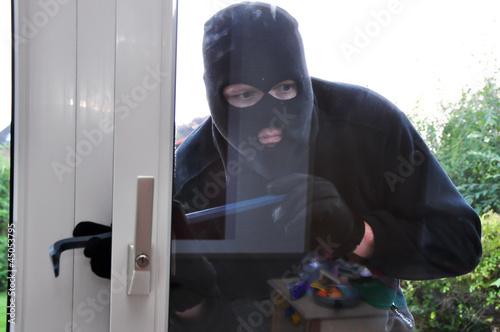 Einbrecher An Einer Terassentur Stock Photo And Royalty Free Images