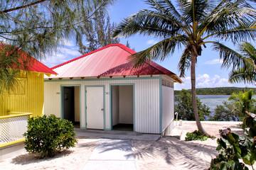 Bunte Hütten auf den Malediven Wall mural