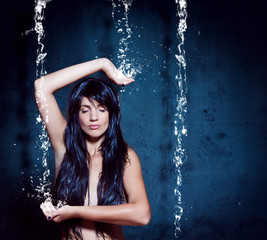water-spa 02 / Frau, Meditation, Wasserfall