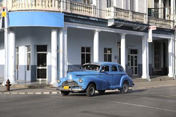Foto op Aluminium Cubaanse oldtimers Automobile di Cuba