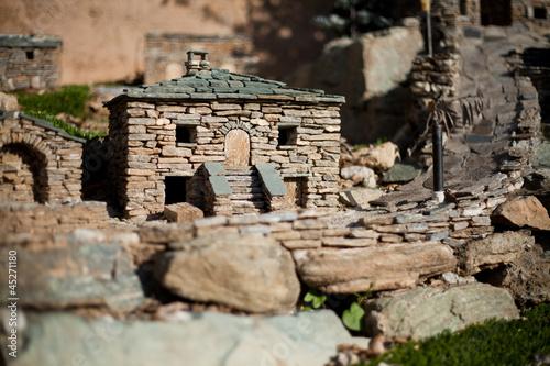 village miniature en pierre photo libre de droits sur la. Black Bedroom Furniture Sets. Home Design Ideas