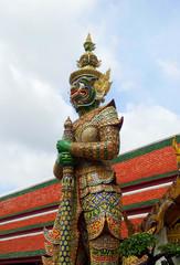 Giant in temple (Thailand) 4 @ kazama14