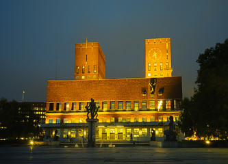 Oslo City Hall in twilight