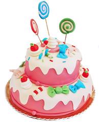 Torta rosa di compleanno su sfondo bianco