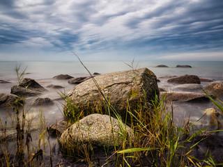 Die Ostseeküste auf der Insel Rügen.
