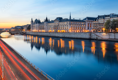 Canvas Prints Paris, Conciergerie